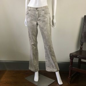 Chico's Ultimate Fit Flare Leg Jeans. 0 / Short.